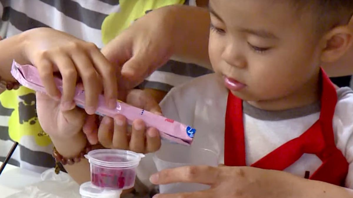 方塊奶粉手做料理 親子園遊會分享育兒妙方
