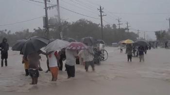 暴風雨襲南亞地區釀百死!430萬人撤離家園