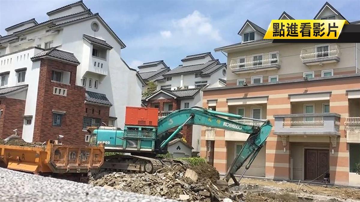 李佳芬稱無改建 街景圖現農舍「長高長胖」