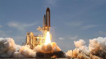 82歲婦緊抱太空夢  投身NASA不輕言退休