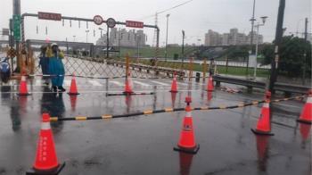 新北大雨強襲 二重疏洪道蘆洲五股段封閉