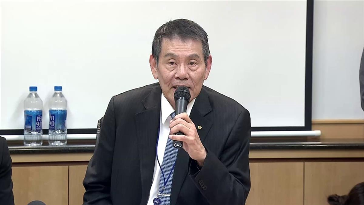 香菸銷售10009條!華航董座謝世謙鞠躬道歉