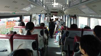 搭公車少投9元!17歲少女遭司機送警局