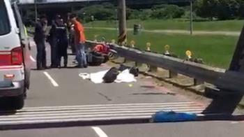 母騎車自撞護欄!1歲女拋飛 破頭身亡