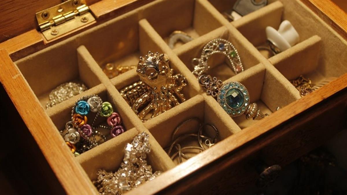 假公主真竊盜!巴黎2女子精品店竊千萬珠寶
