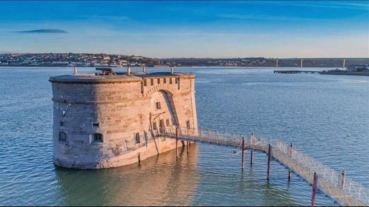 住進海景別墅不是夢!這國海景古蹟僅售266萬還能分期