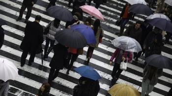 今繼續濕!中南部炸豪雨 北部高溫飆36度