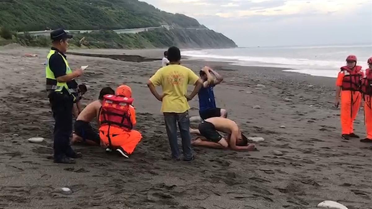 快訊/台東大鳥海邊戲水!9學生遭浪捲走 1人失蹤