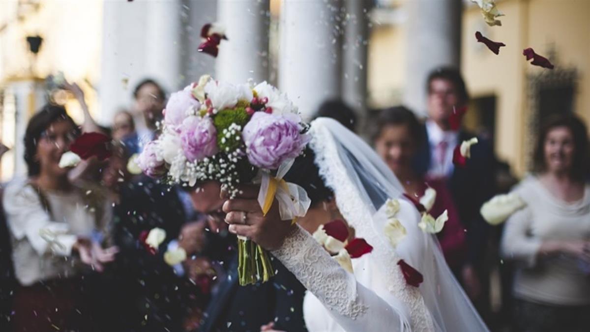 10年友結婚!女包6千沒位坐…真相反轉網怒了
