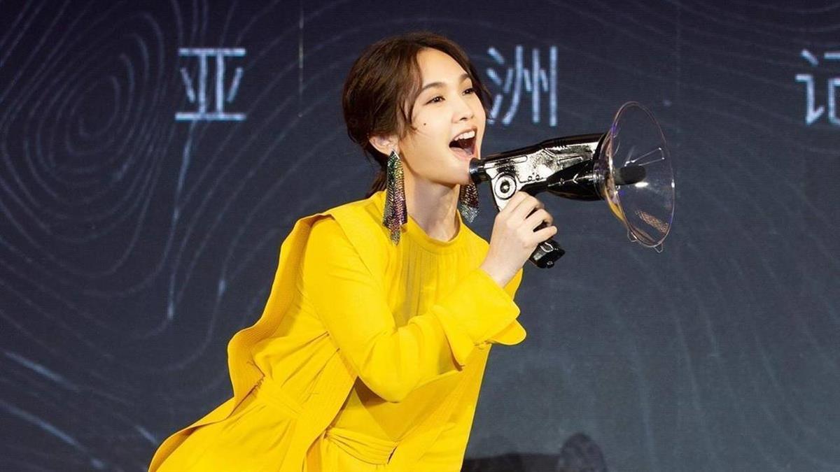李榮浩求婚給驚喜 楊丞琳曝結婚時間點