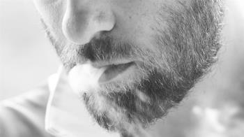 男吸電子菸身亡!嚴重肺病速增193例