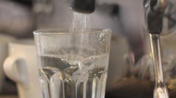 冰水傷身?台灣人愛喝熱水 他吐槽:一堆食道癌