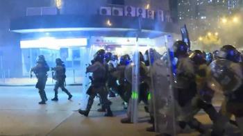 港警逮捕黃之鋒等人 國際媒體高度關注