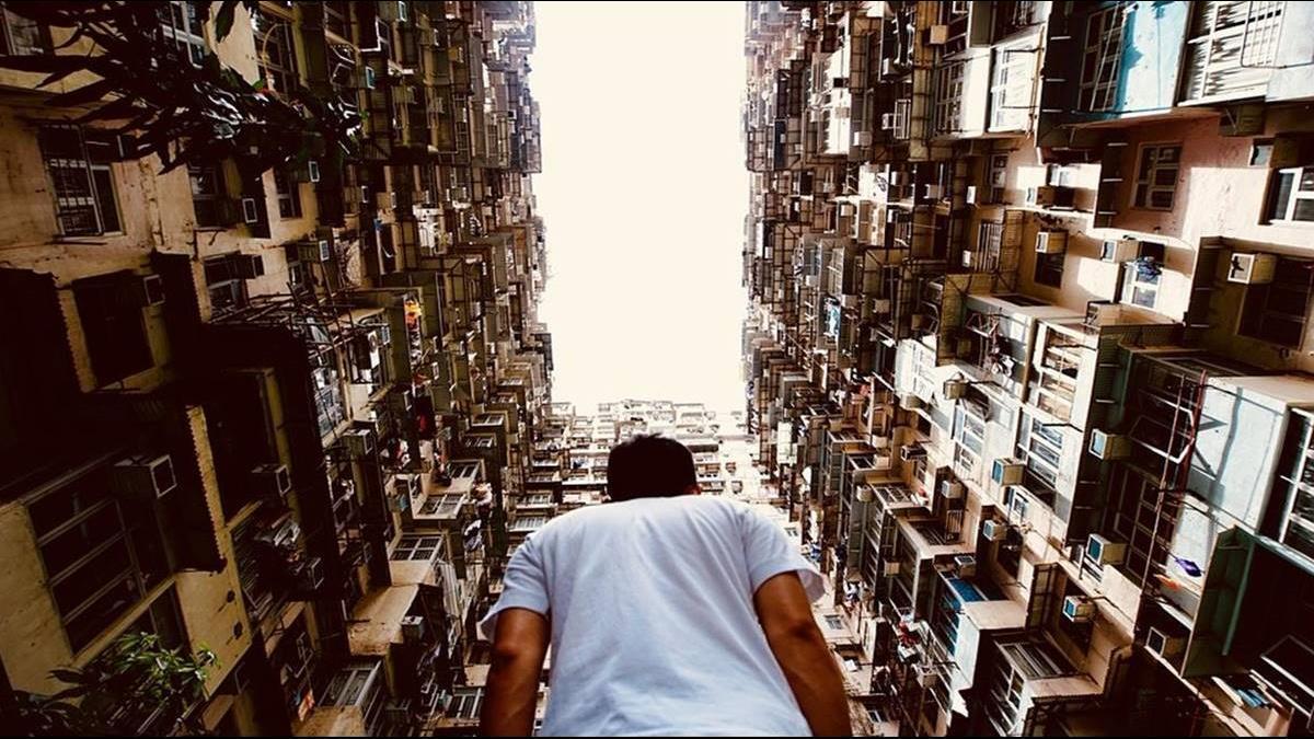 香港累了!謝金河:香港股市已跌8000點