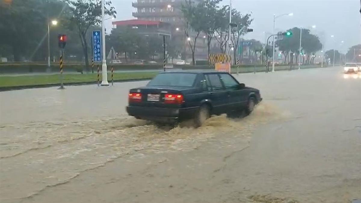 雷雨炸南台!玲玲雨區擴大 5縣市豪、大雨特報