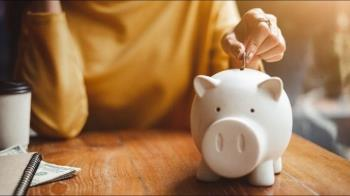 儲蓄是壞習慣?他分析高低薪族群存錢論反遭轟