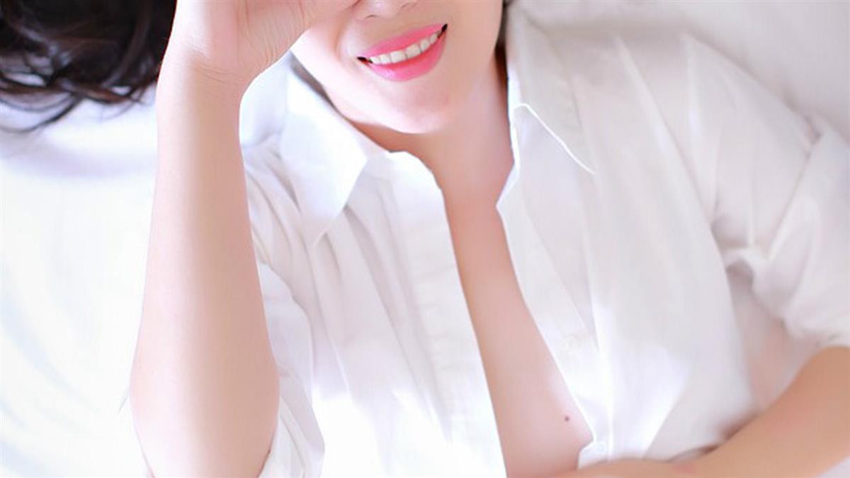 40歲單身女胸痛!掀開驚見乳房收乾 整塊被吃掉