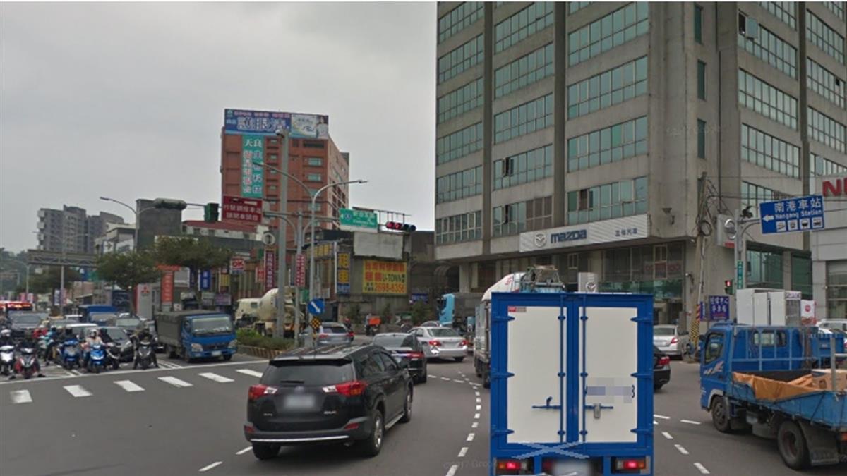 快訊/狂塞3小時!國道3號車禍匝道暫封 汐止大回堵
