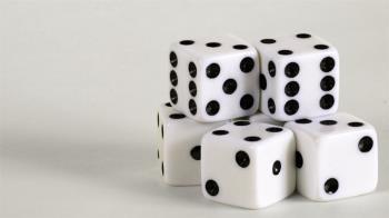 誠徵…面試最後一關玩十八啦 骰出6直接錄取