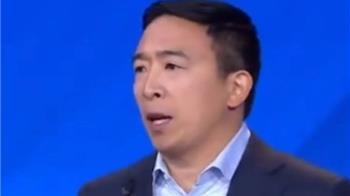 台裔楊安澤入民主黨總統初選十強 卻遭種族歧視