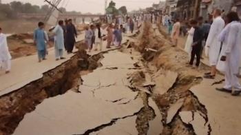 淺層地震撼動巴基斯坦 至少22死300傷