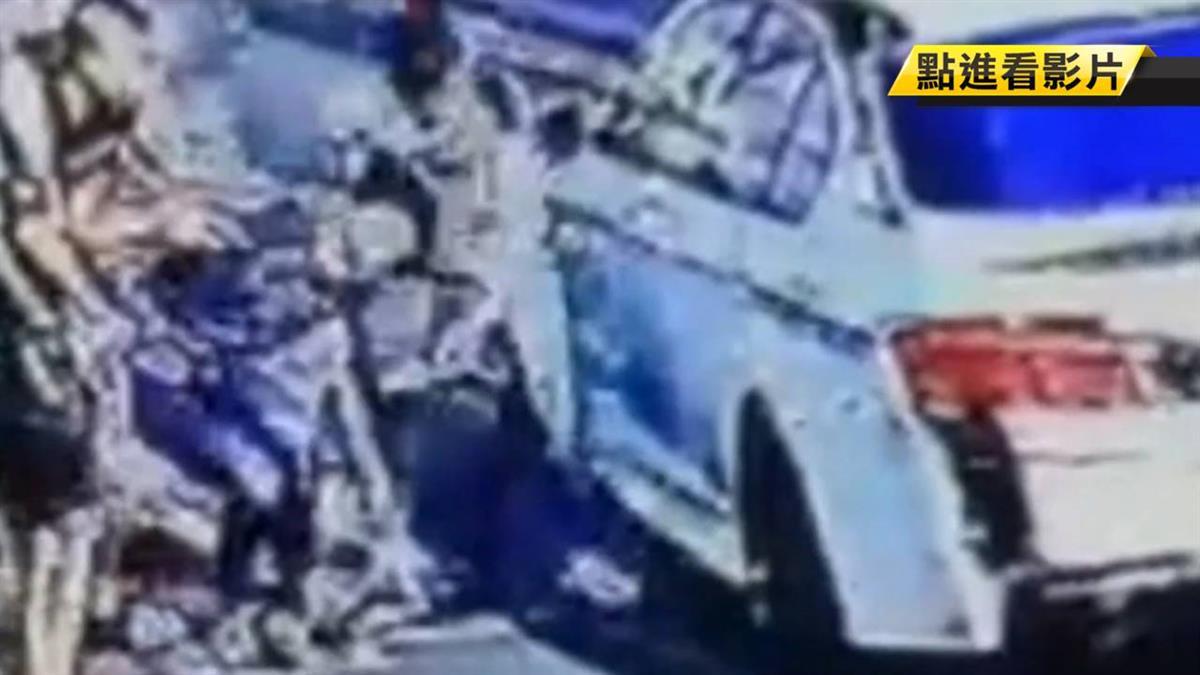 惡煞光天化日擄人!男遭電擊棒攻擊強押上車