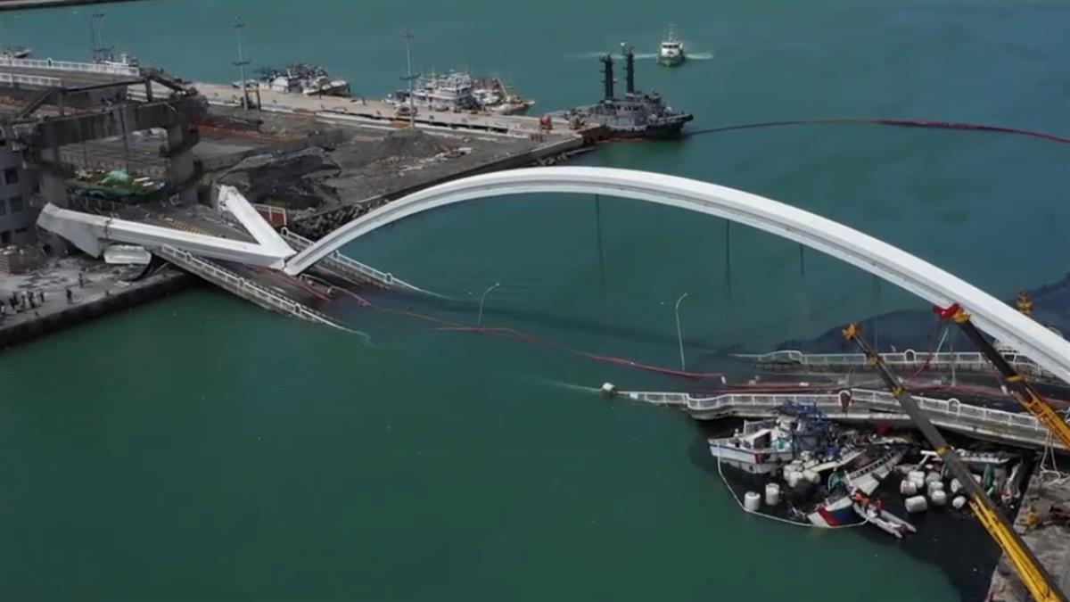 南方澳跨港大橋斷裂 郭台銘捐1千萬協助救災
