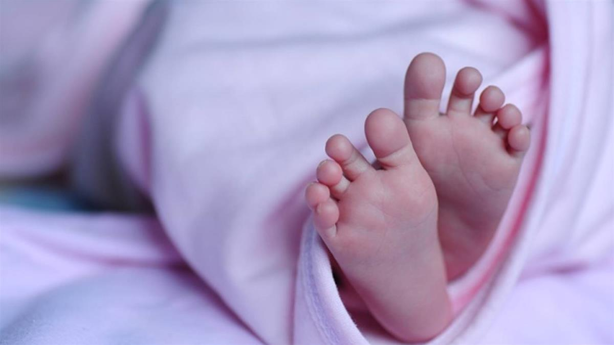 女嬰出生5天…下體出血!醫曝真相:免驚