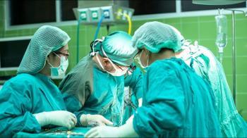 自費7萬竟植入黑心骨板?逾200家院所患者成犧牲者