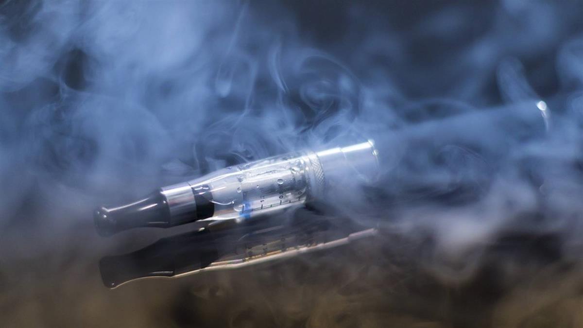 研究首度證實!學者驚爆:電子菸會致癌