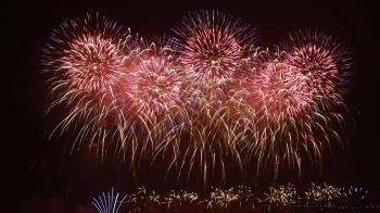 史上最長!42分鐘國慶焰火 吸引逾32萬人次觀賞