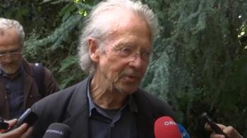奧地利作家獲諾貝爾文學獎 影響當代劇場開創性