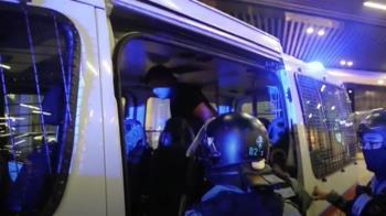 港示威號召罷鷲!鎮暴警嚴陣以待 已逮捕數人