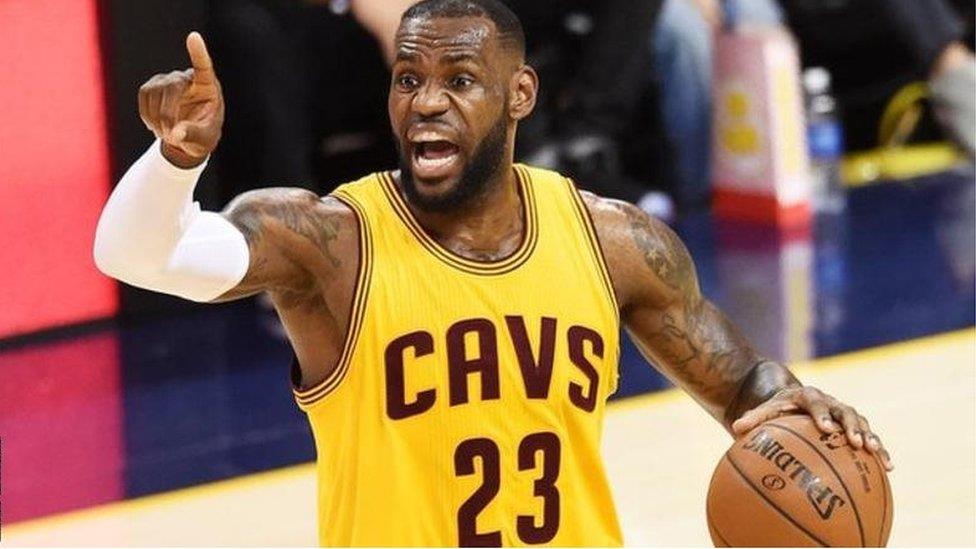 NBA與中國大陸碰撞再濺火花 球星詹皇批莫雷「挺港」惹火燒身