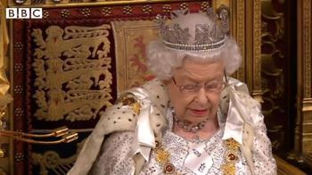 英國女王伊麗莎白二世:英國要在10月31日脫歐