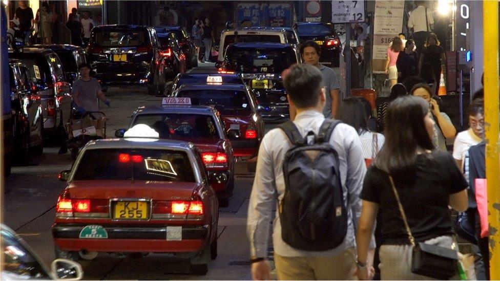 房價困境下的年輕人:「在香港,我對未來不抱任何希望」