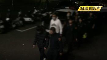 20台機車夜遊亂丟鞭炮 警帶回13人