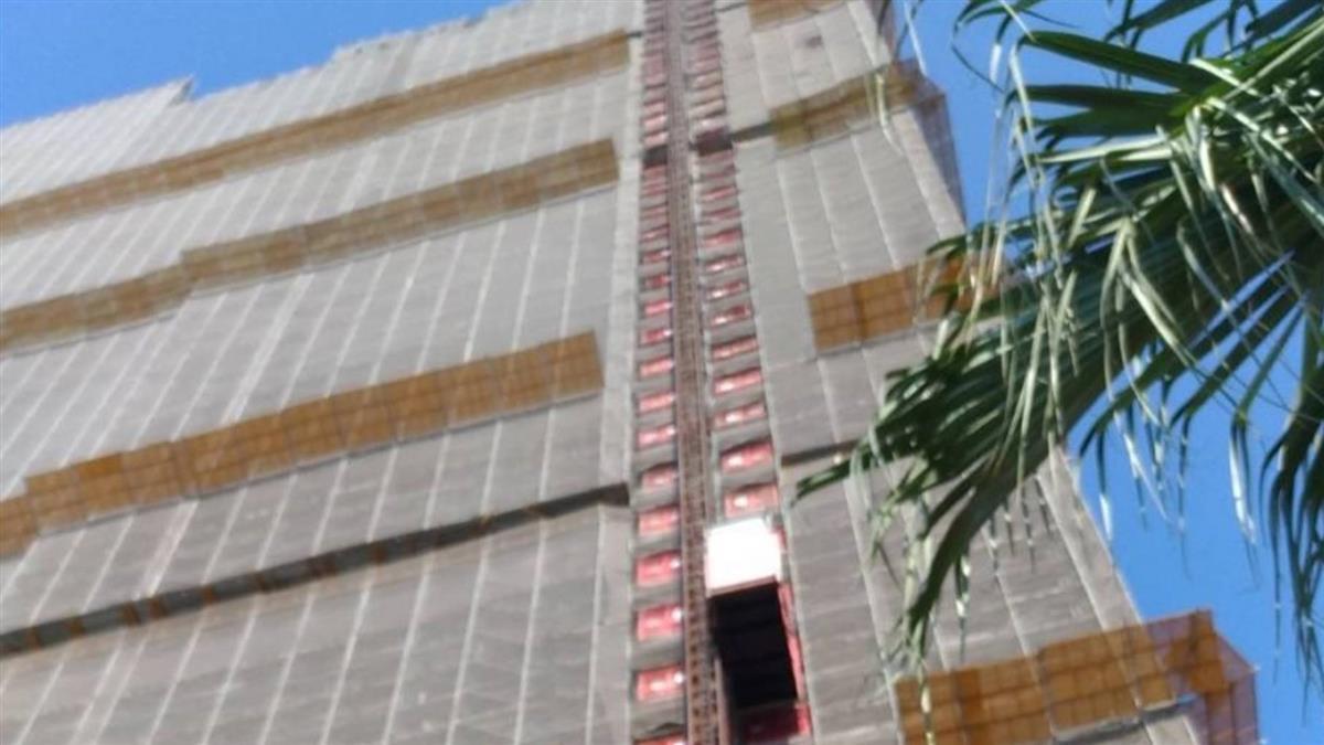 高雄工地意外!工人32樓墜落亡 遺體掛17樓