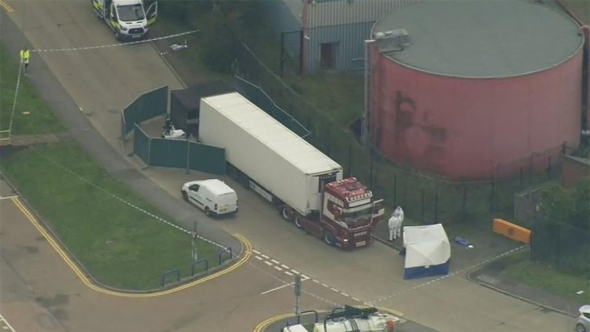驚悚!貨櫃車驚見39具屍體 25歲男司機被捕