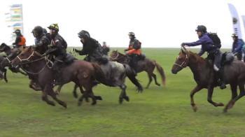 世界上最長途的賽馬活動蒙古德比 騎師需每日騎行14小時