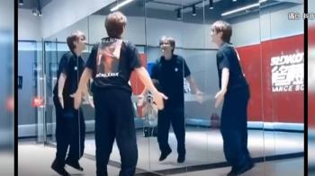 羅志祥面鏡跳一人群舞 網笑:心裡住了戲精