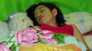 現代睡美人!17歲少女罹罕病…昏睡48天竟失憶