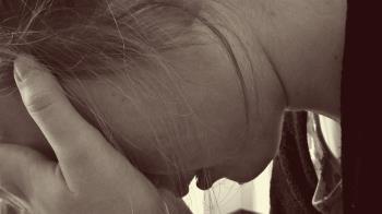誘騙13歲少女…拖進屋性侵殺害!惡鄰遭毒針處決