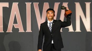 大王接班人!中職年度MVP 朱育賢首度獲獎