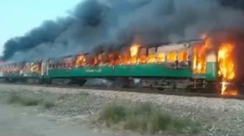 中國巴基斯坦經濟走廊列車大火折射交通難題