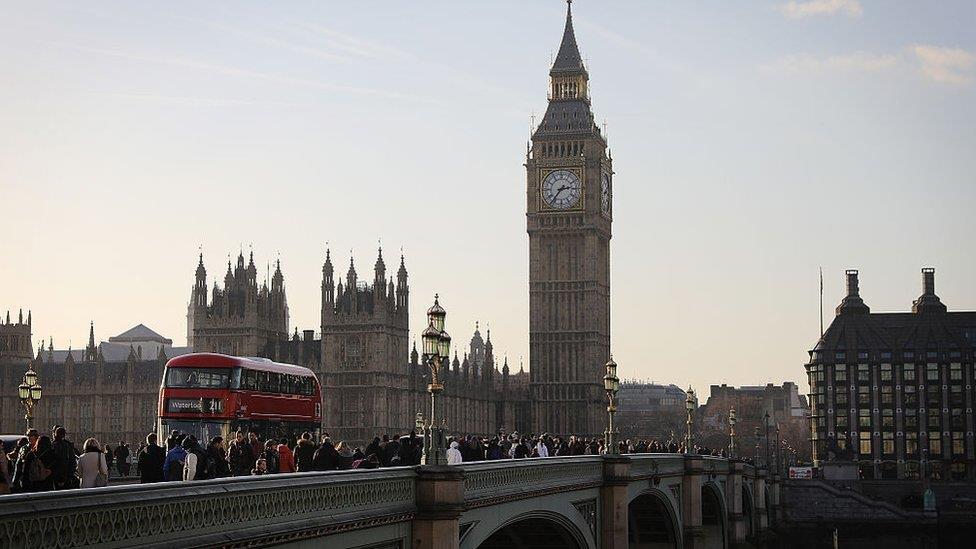 英國脫歐節骨眼上的大選:超級懶人包解答10大問題