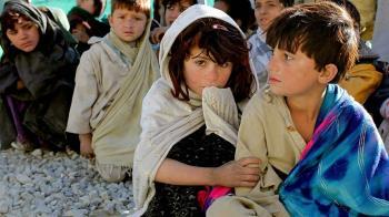 9阿富汗兒童上學途中遇地雷爆炸…全喪命!