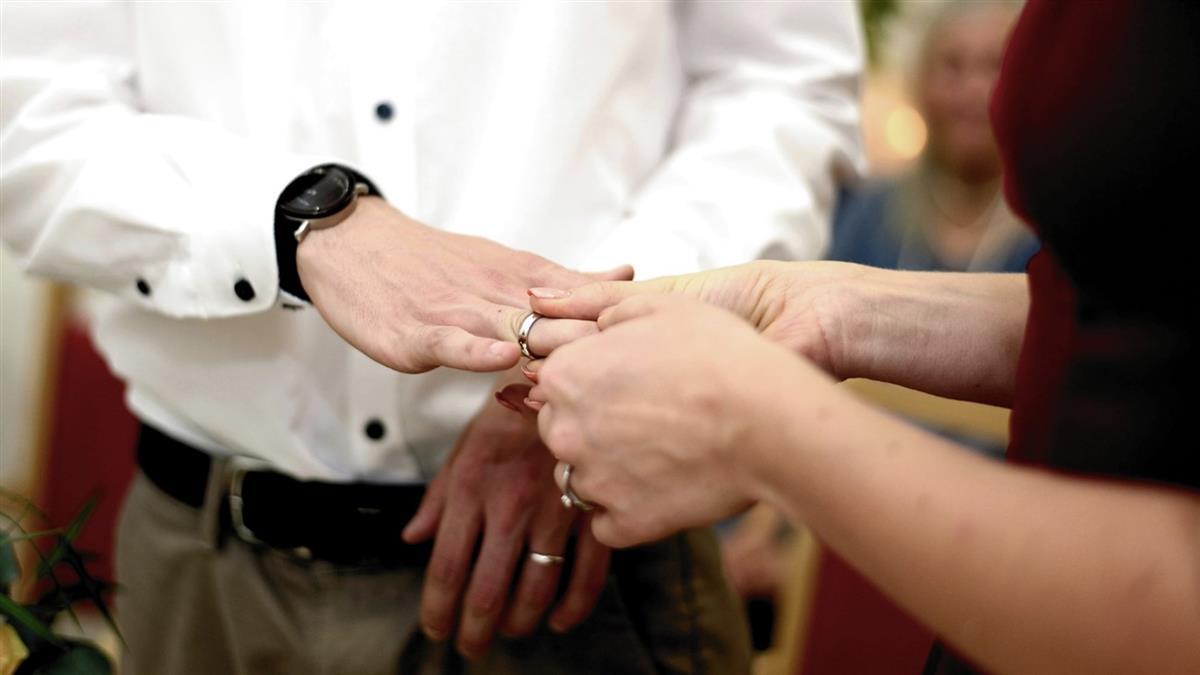 結婚才11天就要離!妻怒:都不碰我 反爆恐怖陰謀