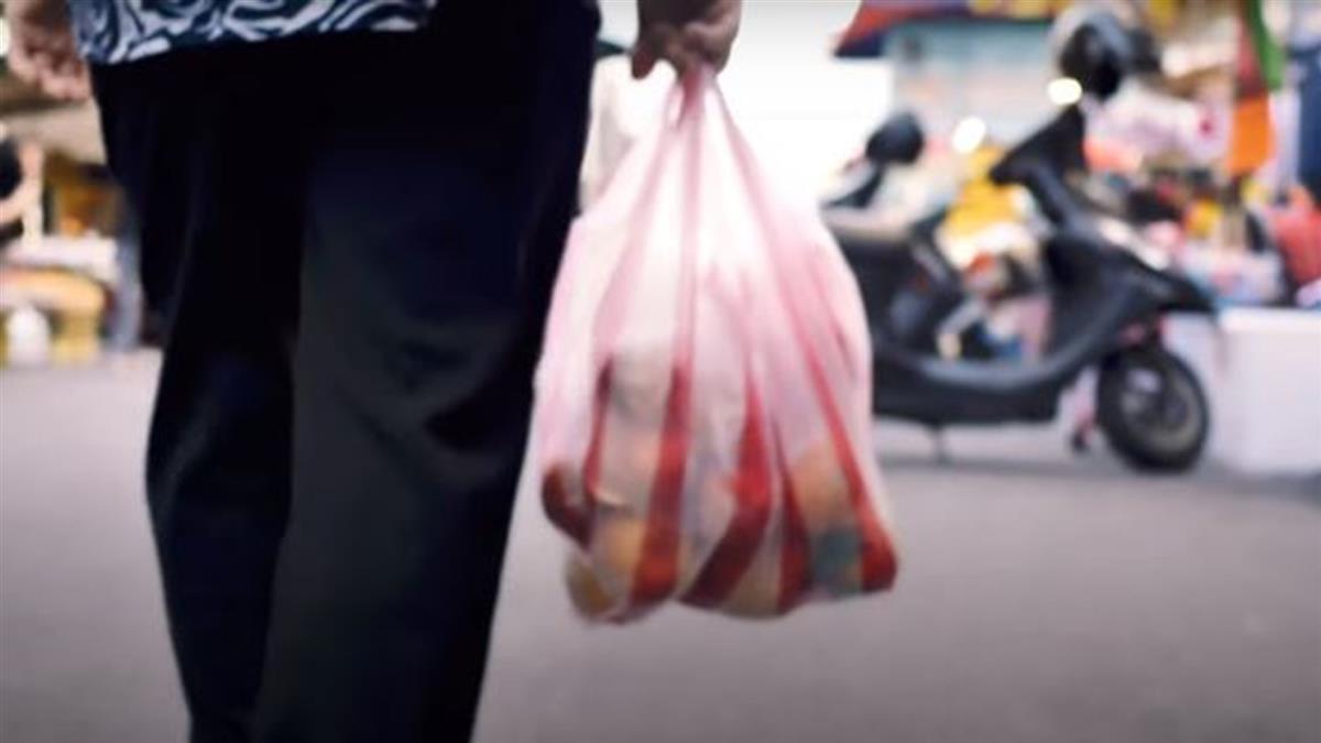 塑料袋成汙染源 他曝誕生初衷 :是環保工具