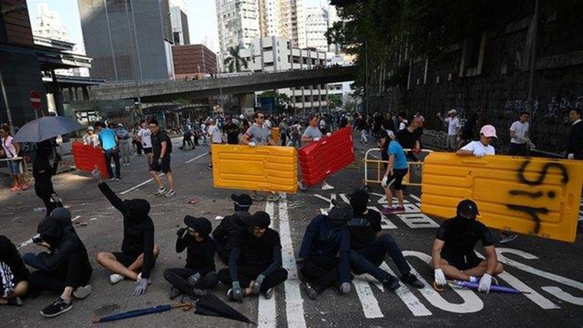 香港「反送中」抗議:藍綠說法如何影響台灣總統大選走向